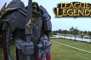 League of Legends statua